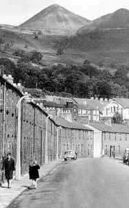 Aberfan, before the tip came down